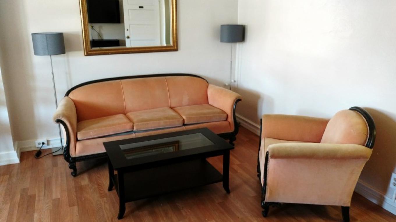 Living room in #205 – Daniel Conlin