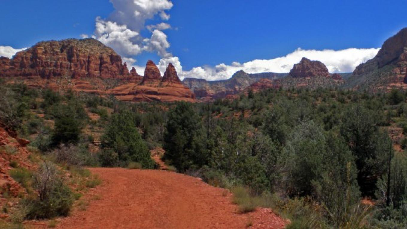 Bell Rock Pathway along State Route 179. Red Rock Ranger District. – Brady Smith, Coconino National Forest Employee