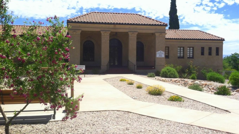 Clark Memorial Clubhouse – Beth Escobar