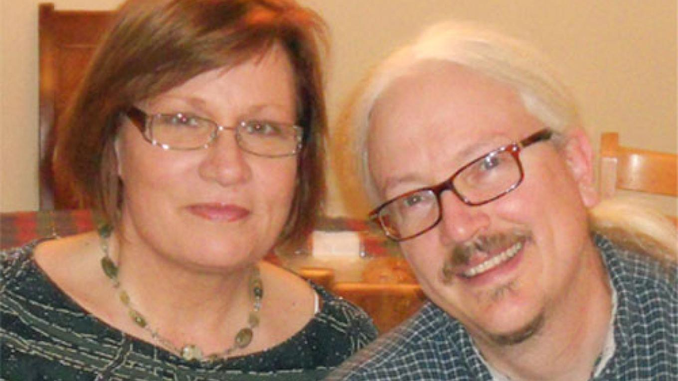 Lori and Andy Hartnett, Adorn Collection Owners. – John Christianson