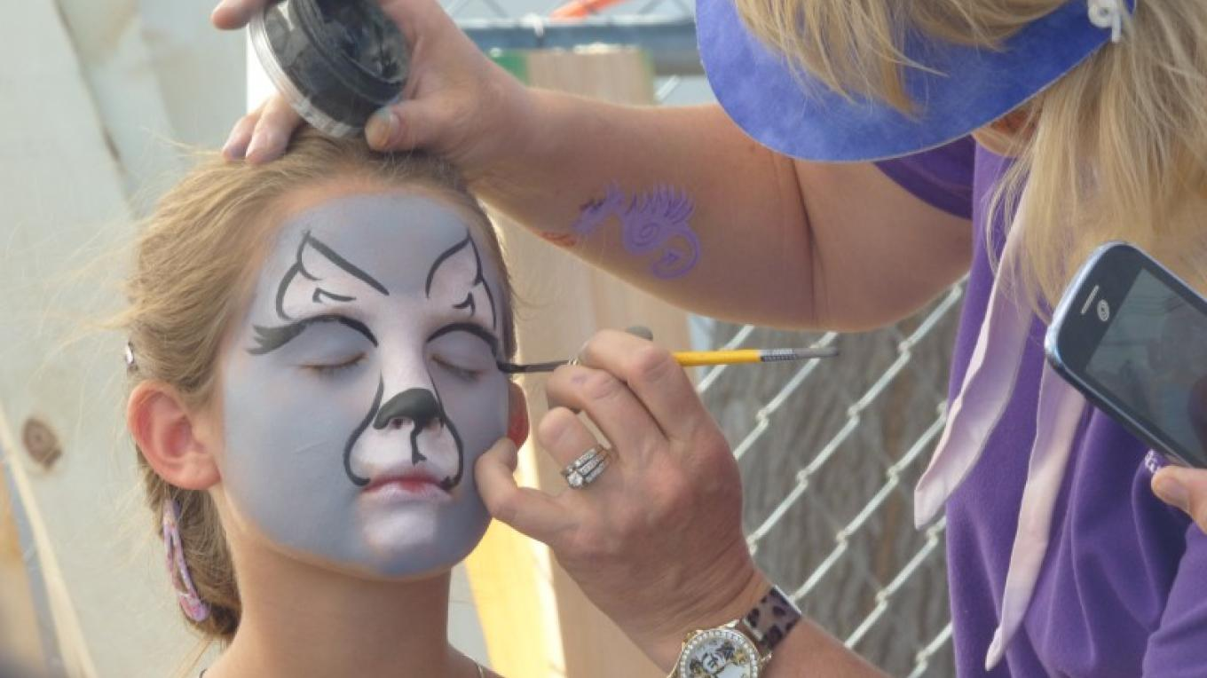 Face Painting – T. B. Thorson