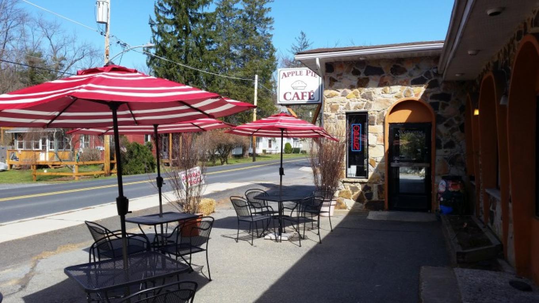 The Apple Pie Cafe in Delaware Water Gap – Robert Maskrey