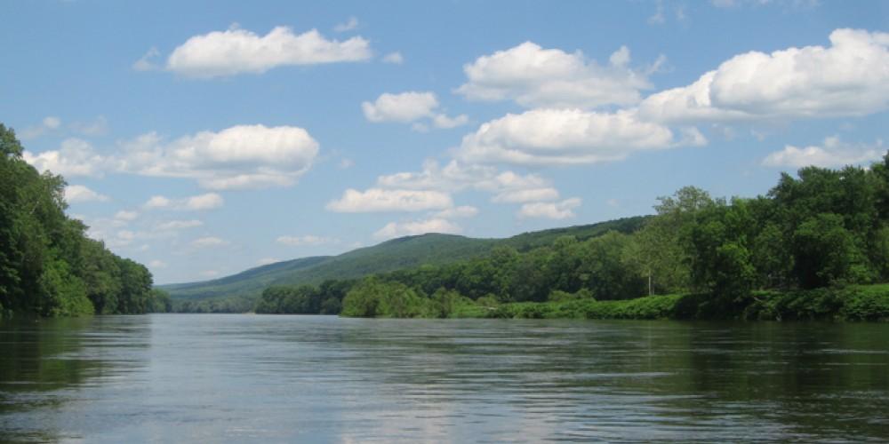 The Delaware River in the Delaware Water Gap National Recreation Area. – Laura Tessieri, Delaware River Basin Commission