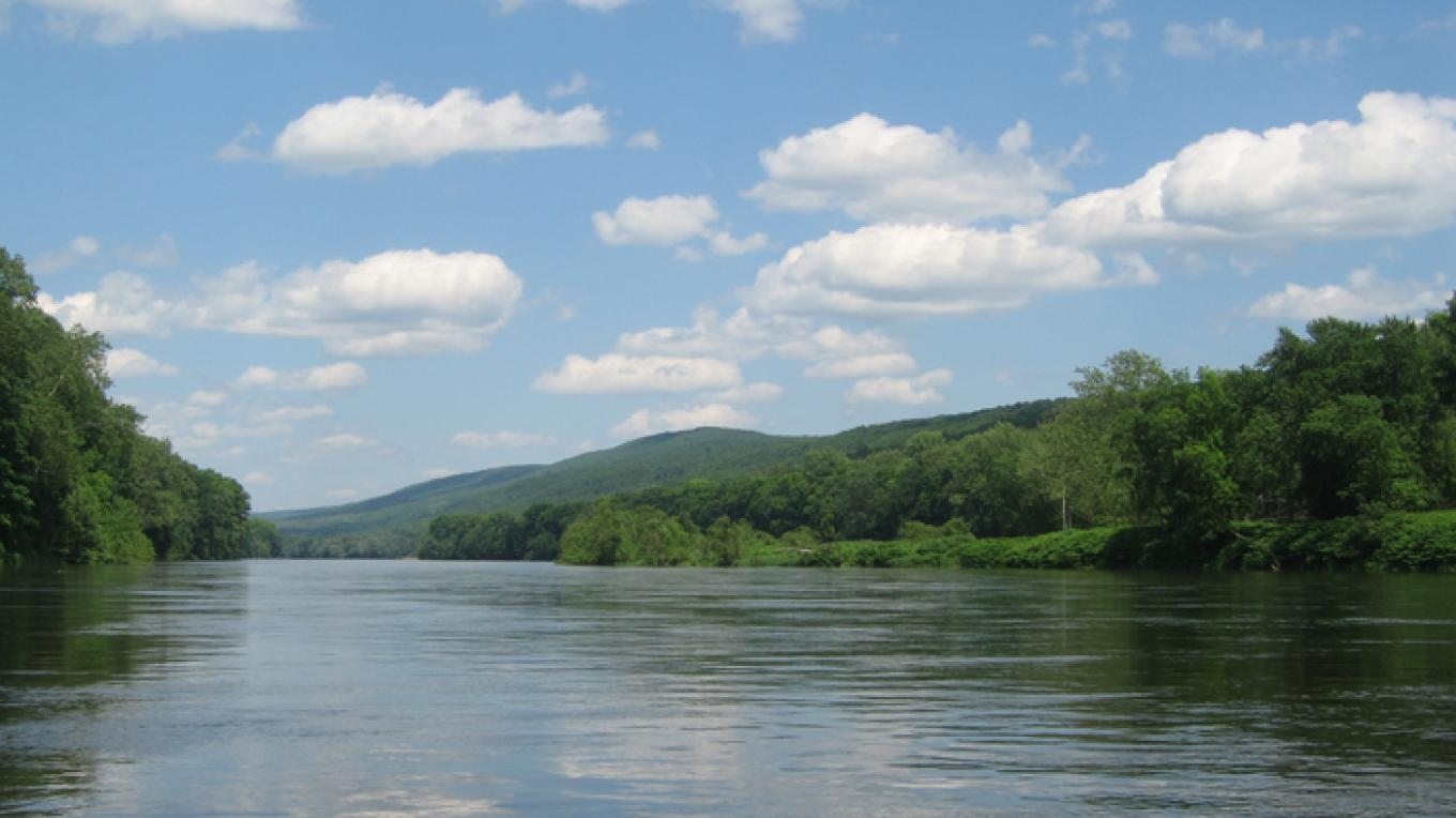 The Delaware River in the Delaware Water Gap National Recreation Area. – Laura Tessieri, Delaware River Basin Commission