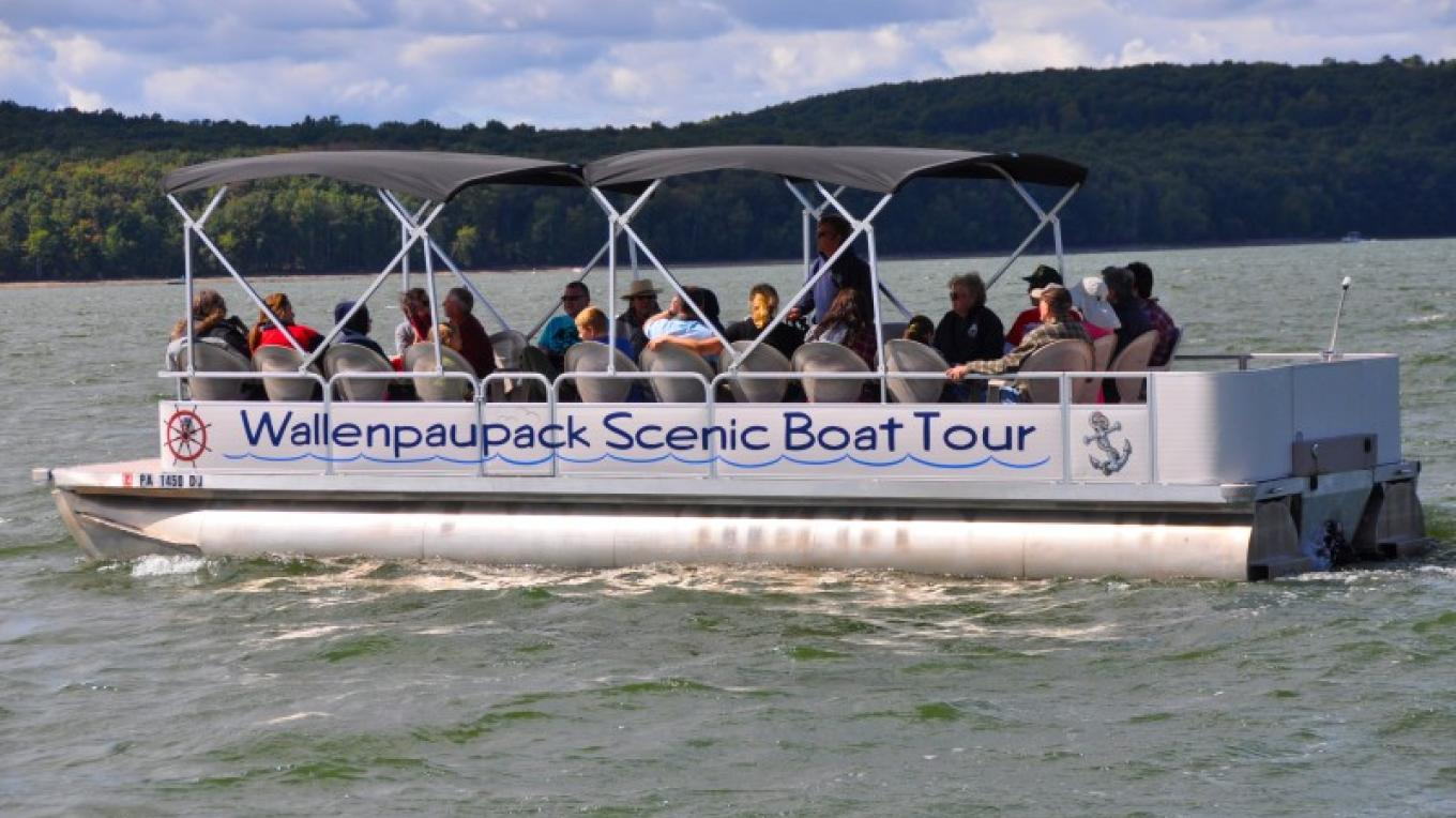 We operate in the Spring, Summer & Fall! – Wallenpaupack Scenic Boat Tour