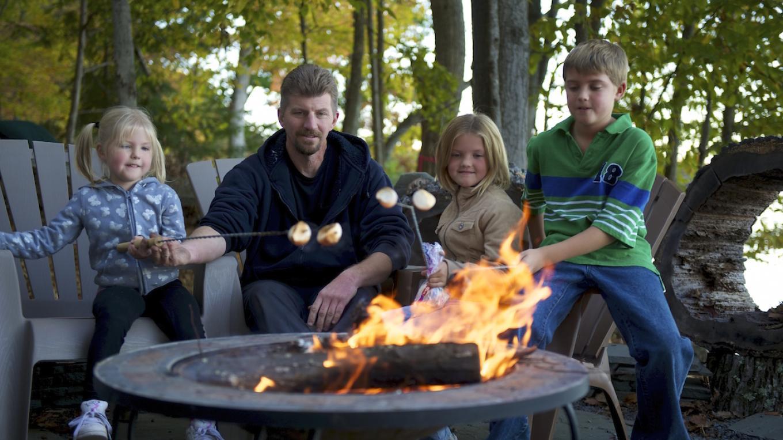 Family camping in Delaware Water Gap National Recreation Area – PoconoMountains.com