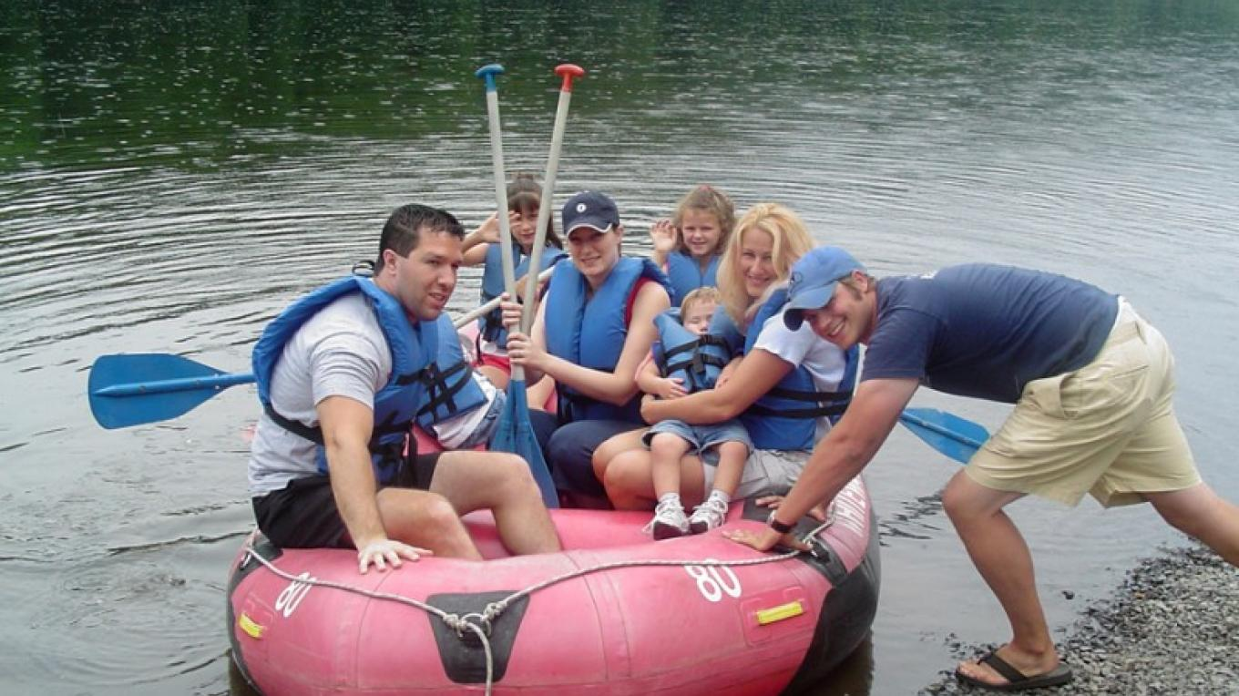 Rafting in the Delaware River. – The Shawnee Inn and Golf Resort