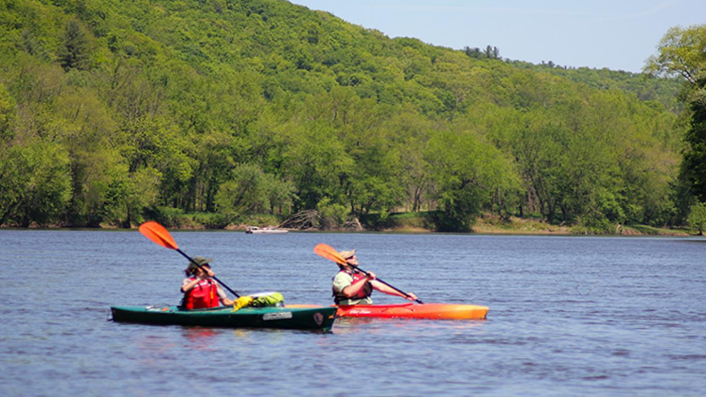 Kayaking along the Delaware River – National Park Service