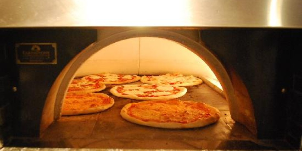 Brick Oven Pizza Bar – Photograph by: Local Flair