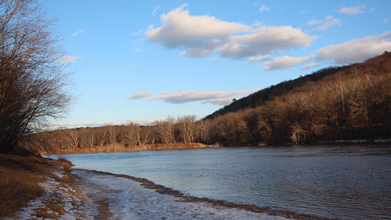 The Delaware River at Eshback Access – National Park Service