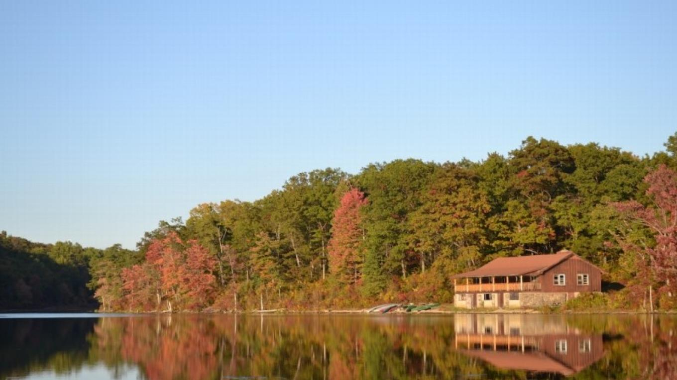 Stay and work out of the beautiful Mohican Outdoor Center. – Appalachian Mountain Club