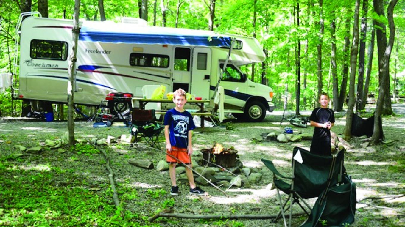 Campsites along the Brook – Photograph by: Kymer's Camping Resort