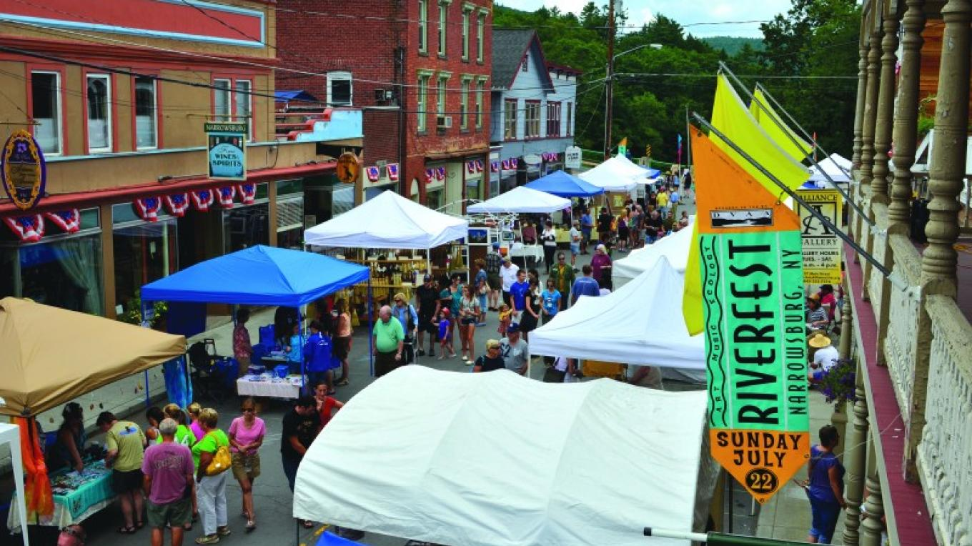 Helping our gateway communities attract Park visitors to their local events. Pictured: Narrowsburg, NY RiverFest. – Delaware Valley Arts Alliance