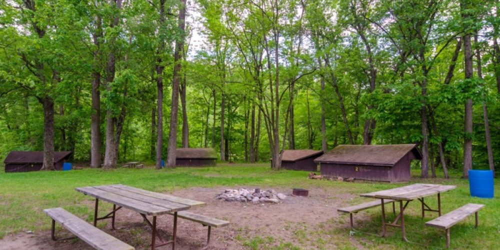 Wooded sites on the banks of the Delaware River with leanto available – Lisa Lander