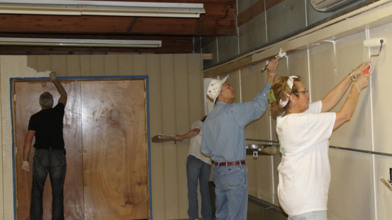 Indoor Painting – PEEC Staff Photo