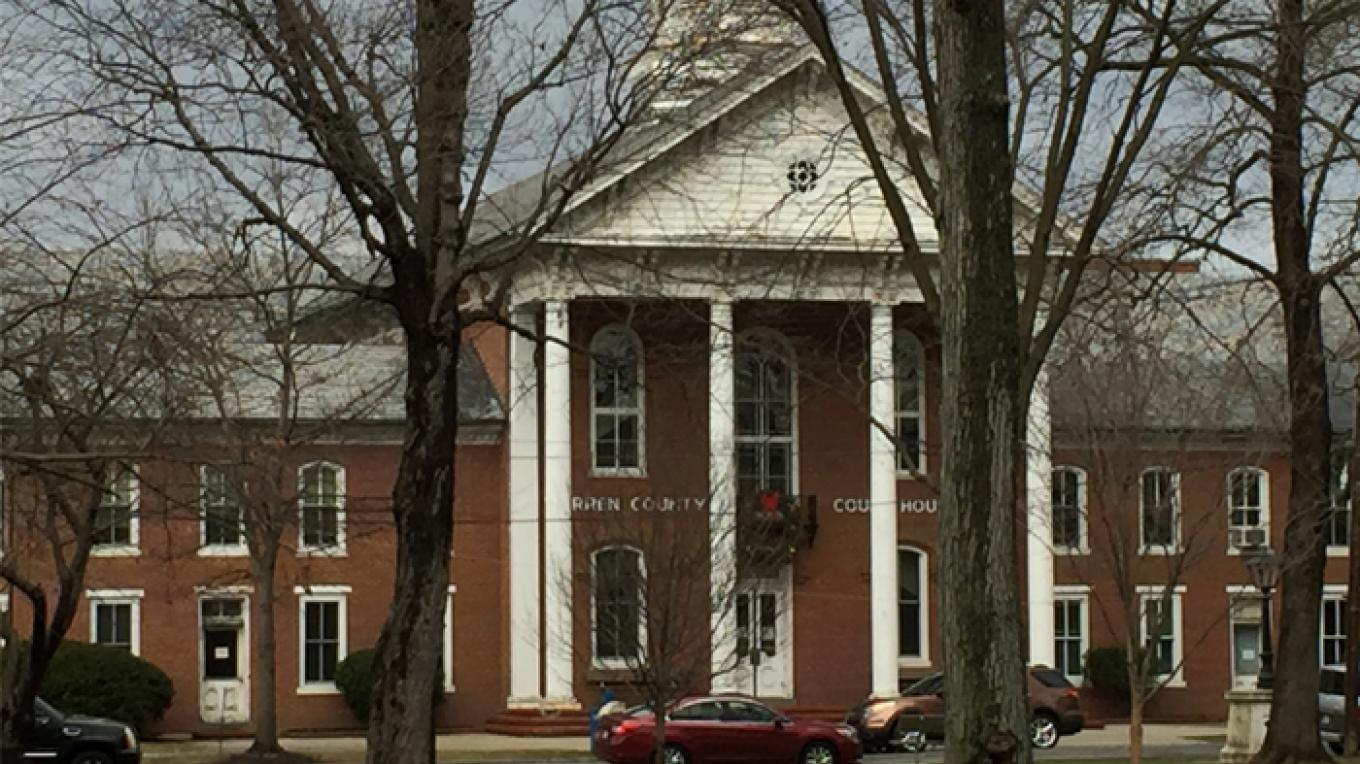 Warren County Court House from Garret Wall Park – Patricia Butler