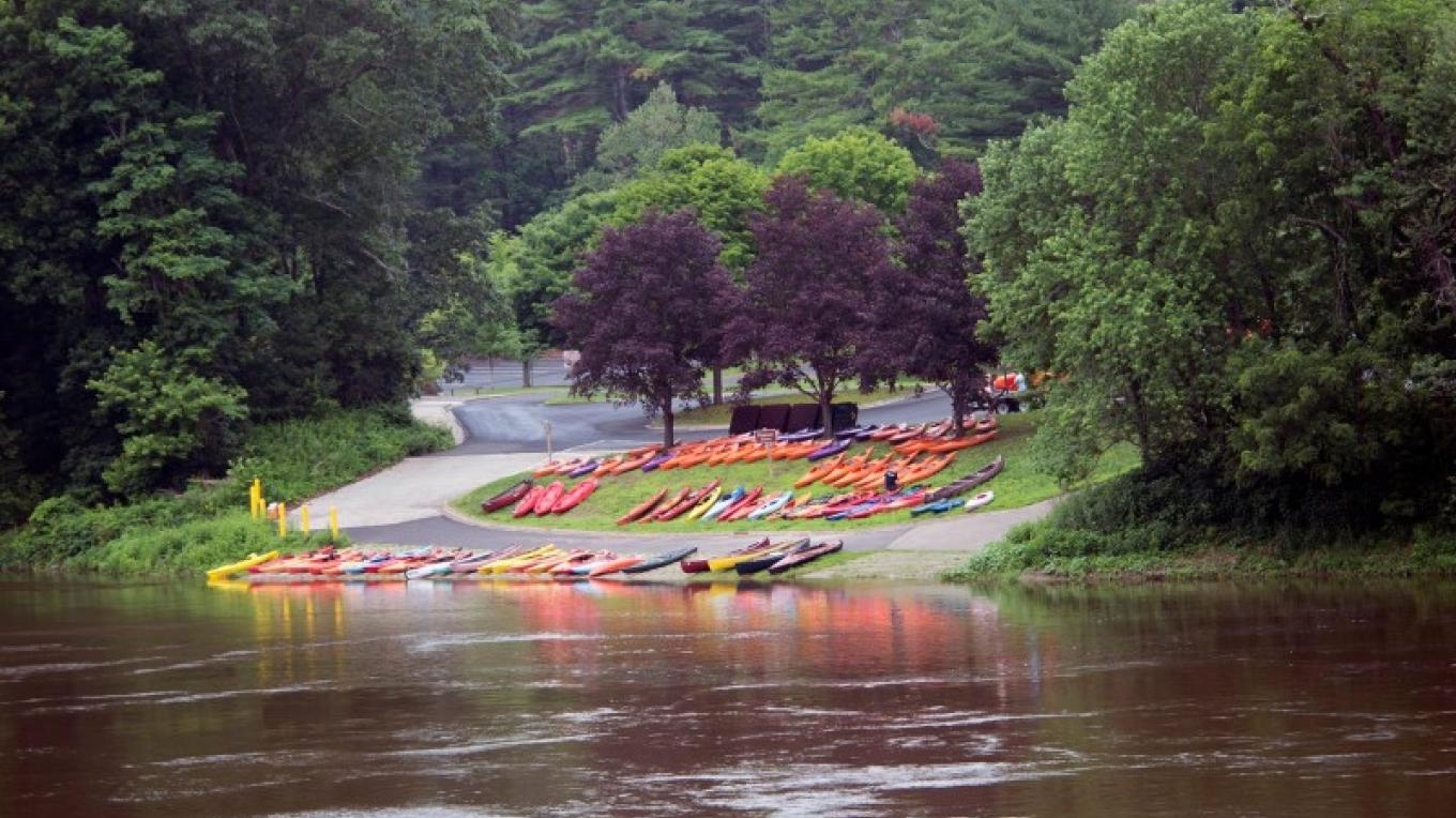 The boats are all set and awaiting the sojourners' arrival at the Dingmans Ferry launch. – Troy Bystrom, Upper Delaware Preservation Coalition
