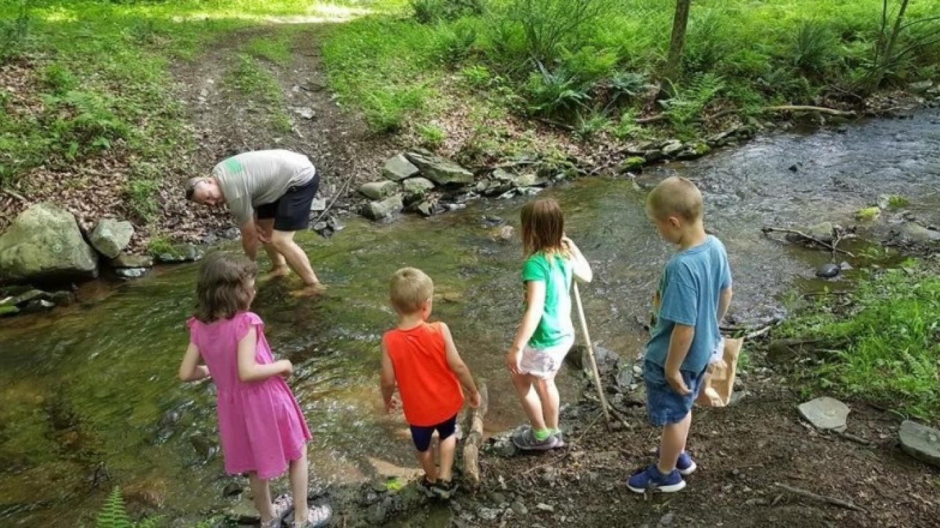 Children exploring nature along the trail – Outdoor Club of Port Jervis