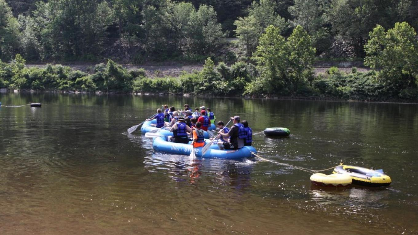 Rafters beginning their trip down the Delaware River from the Kittatiny access in Delaware Water Gap National Recreation Area. – Photograph by: Driftstone Campground