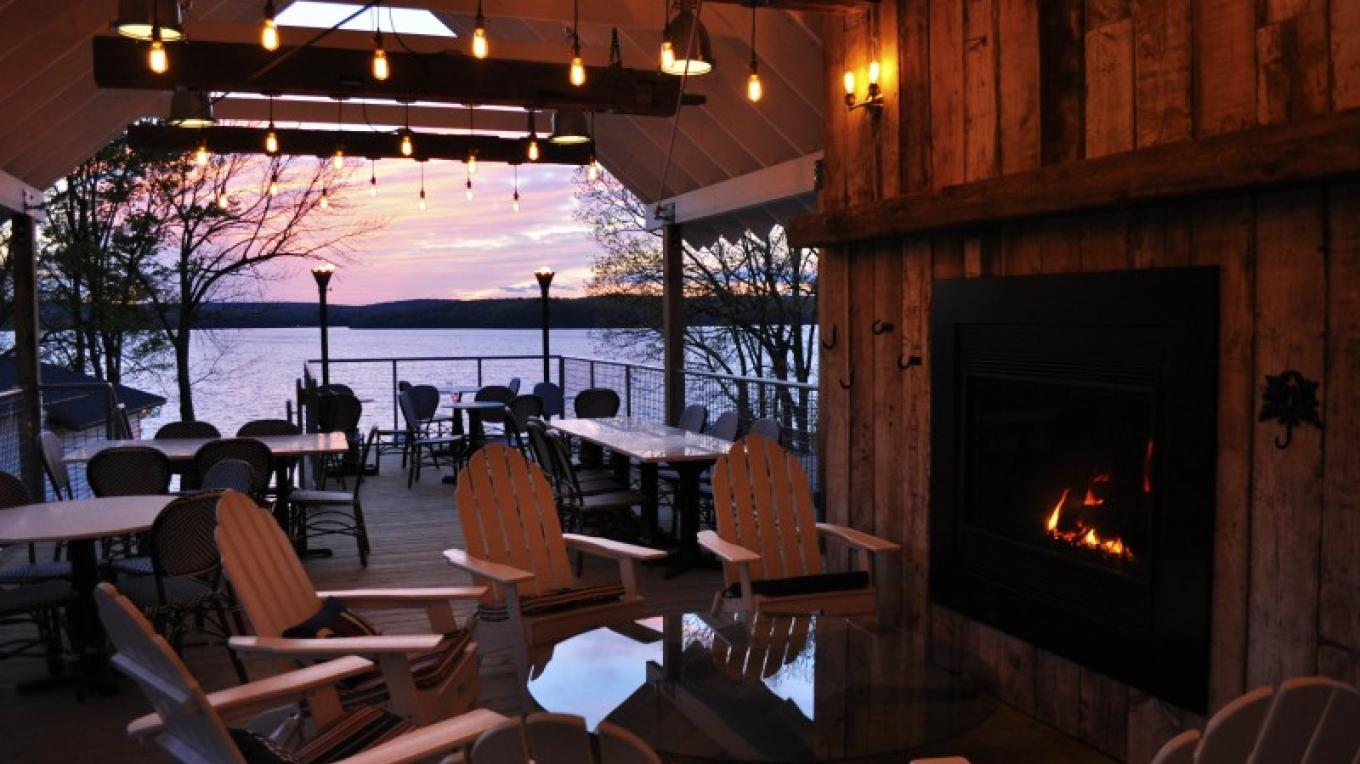 Take in a sunset on our gorgeous lake view deck! – O'Fee Photography