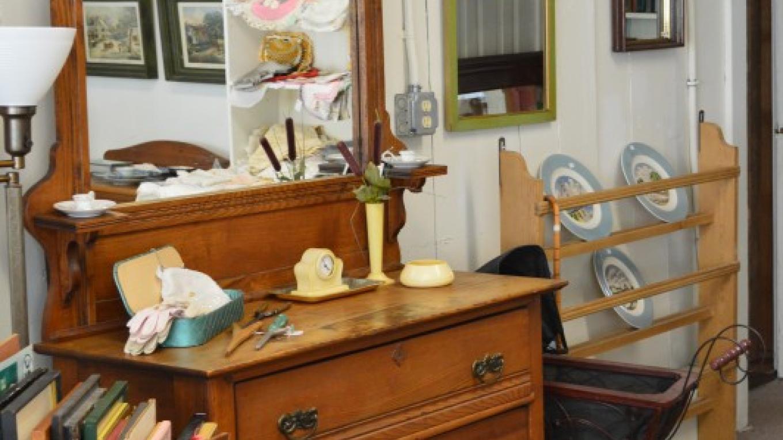 Eastlake Dresser, Antique Mirrors – Anne Hart