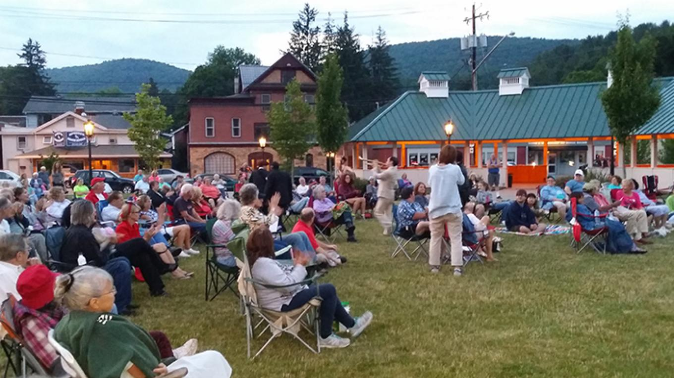 Town Square audience – Photo by Nancy Furdock