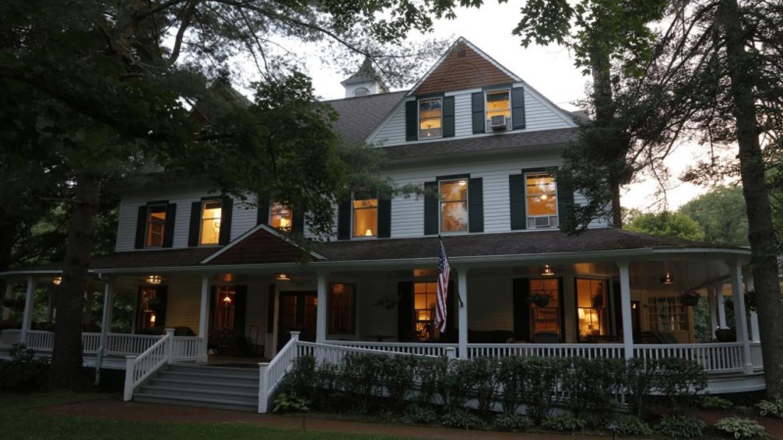 Beaverkill Valley Inn – Walter Hodges