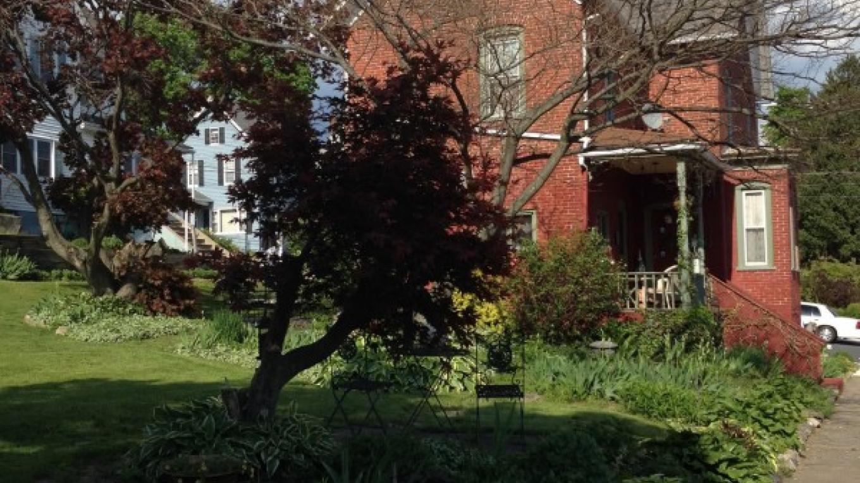 View of residential neighborhood – Courtesy of Slate Belt Community Partnership