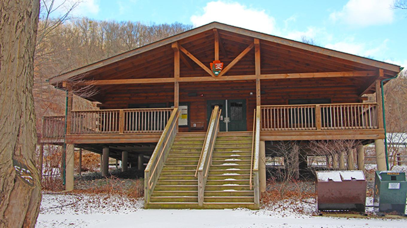 Kittatinny Point Visitor Center is open seasonally. Stop by for information on nearby hikes! – National Park Service