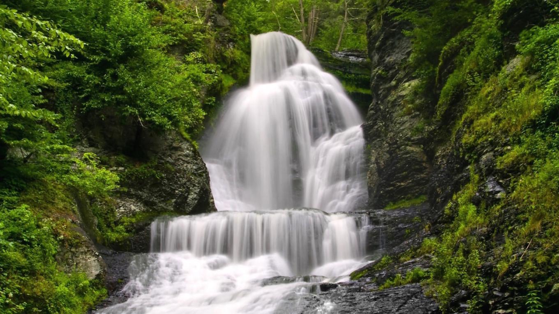 Dingmans Falls in Delaware Water Gap National Recreation Area, Bushkill, Pennsylvania – Michael Pyle
