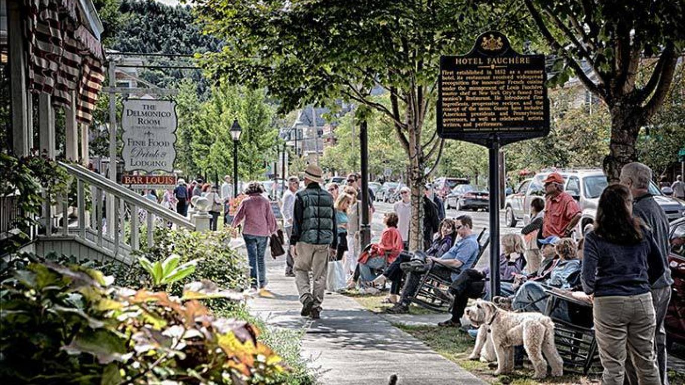 Milford boasts multiple festivals, including the Milford Music Festival, Black Bear Film Festival, Festival of Wood, Winter Lights Festival, Music in the Park, Kindred Spirits Chamber Music Series & American Readers Theatre
