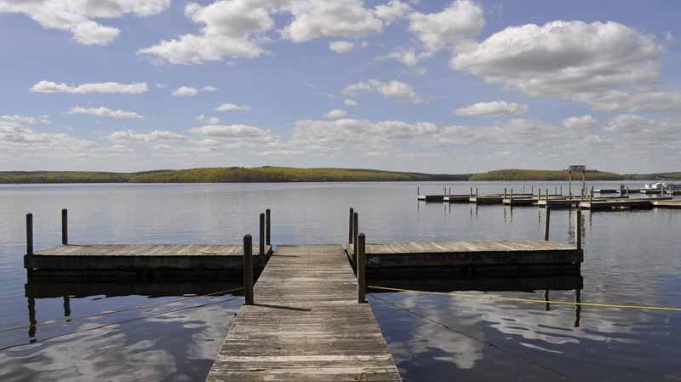 700ft of Lakefront property – O'Fee Photography