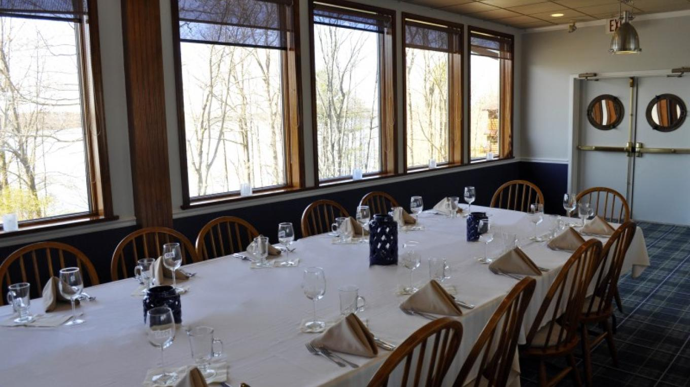 Plan your private event in our Starboard Room, great for groups up to 45 people! – O'Fee Photography
