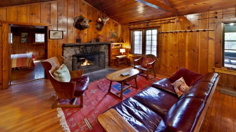 Great room—Lodge – Oleg March