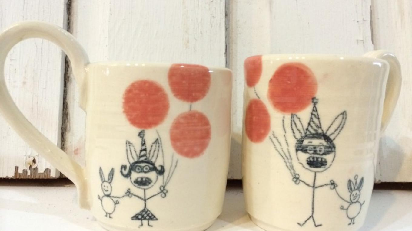 doodle mugs – Photography by: Jill Wiener