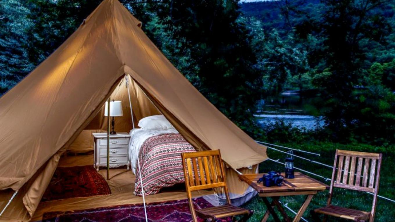 Glamping tent at The Shawnee Inn and Golf Resort – The Shawnee Inn and Golf Resort
