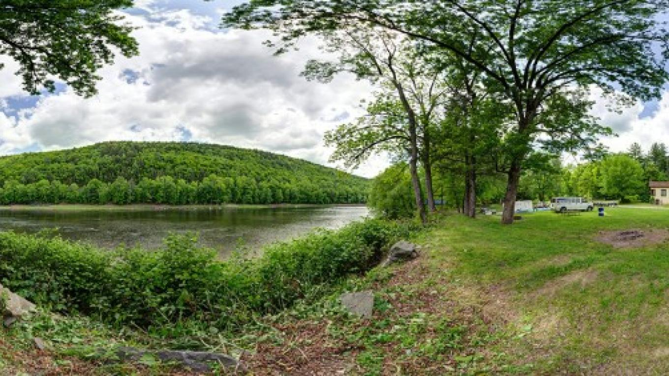 Wide angle view from the Minisink Campground office – Lisa Lander