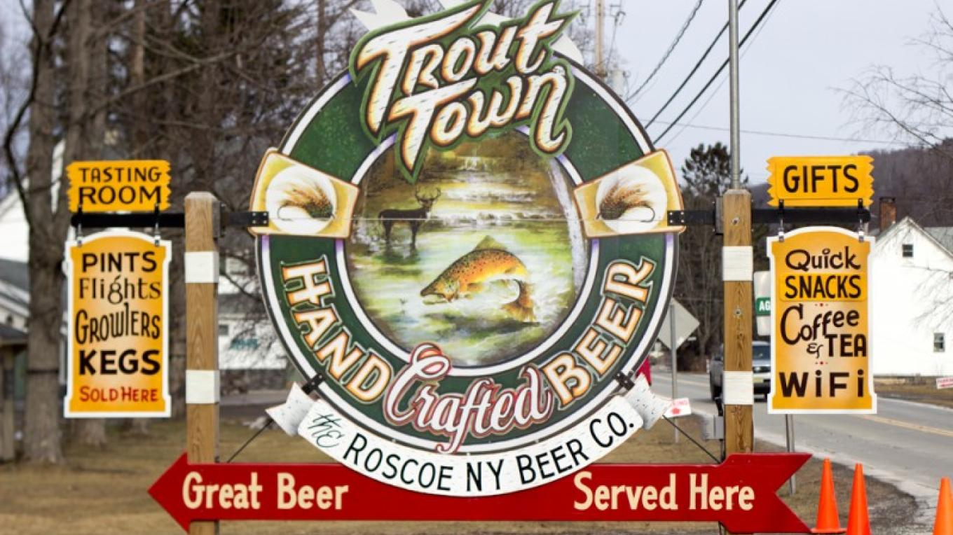 Our sign from the road. – The Roscoe Beer Co.