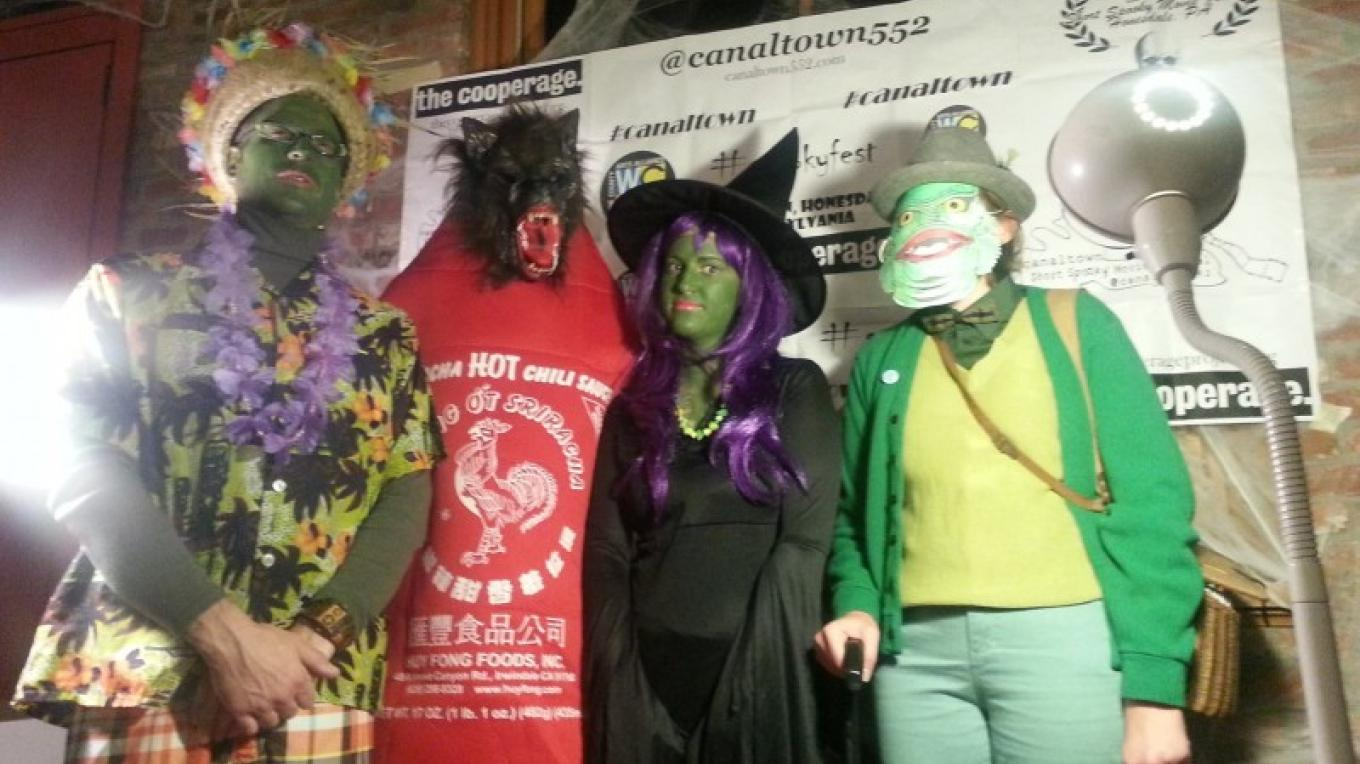 Spookyfest 2016 attendees and submitting artists. – Canaltown