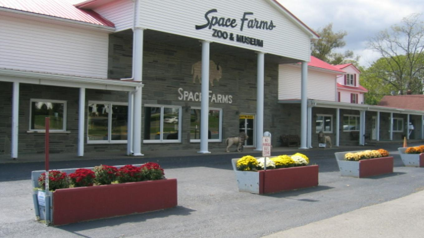 Space Farms entrance building has welcomed visitors for four generations. – Lori Space Day