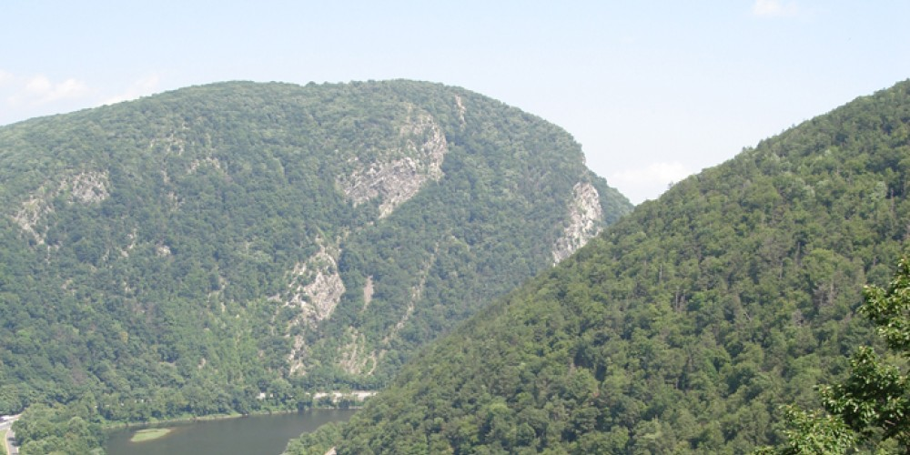 A view of the Delaware Water Gap from the Appalachian Trail. – Shane McAleer, Delaware River Basin Commission