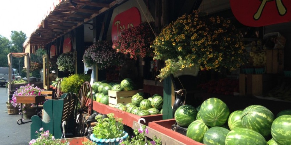 Always a tempting variety of fresh produce at Eberhardt's Fresh Pickins – Jeanie Eberhardt