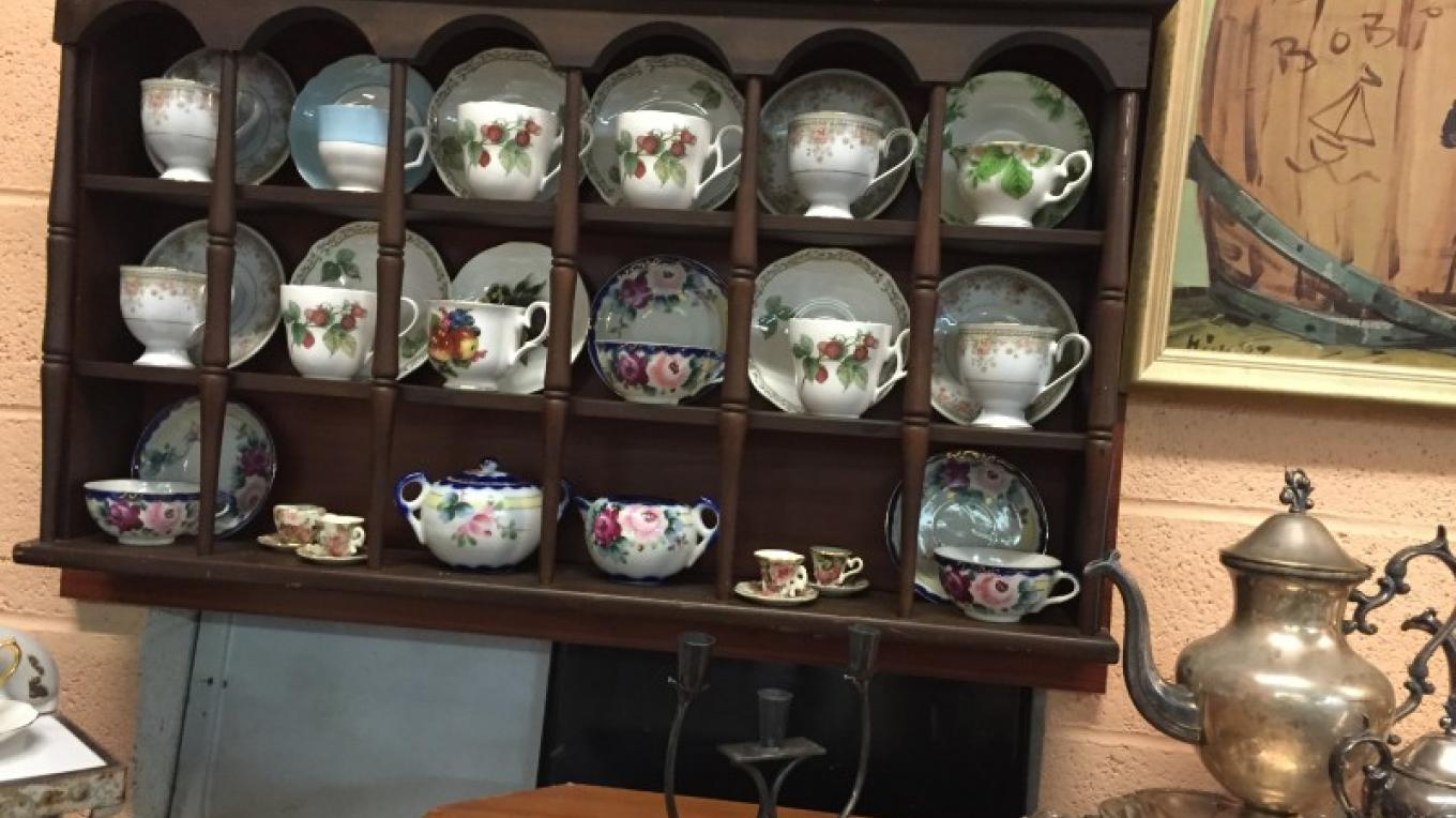 Items from past auctions: Tea cup collection.
