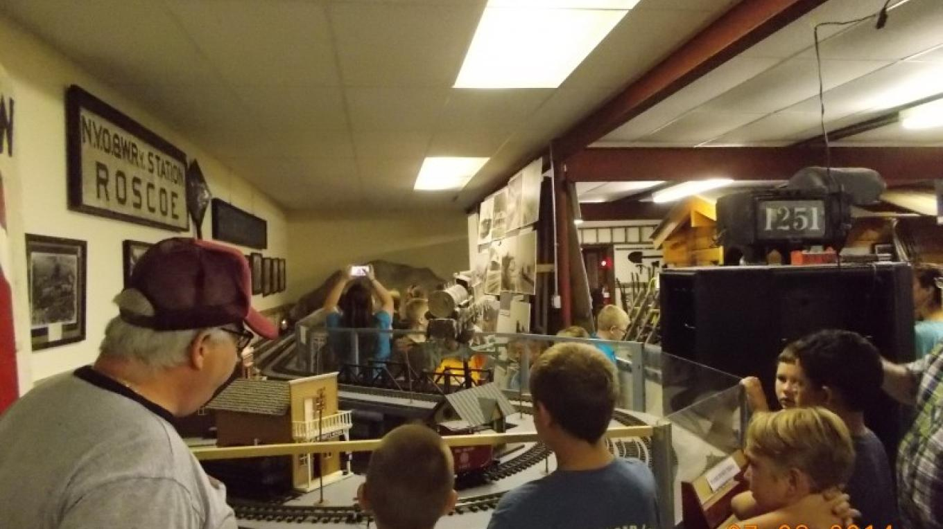 Fred Stumpp, students and model trains – Judie DV Smith