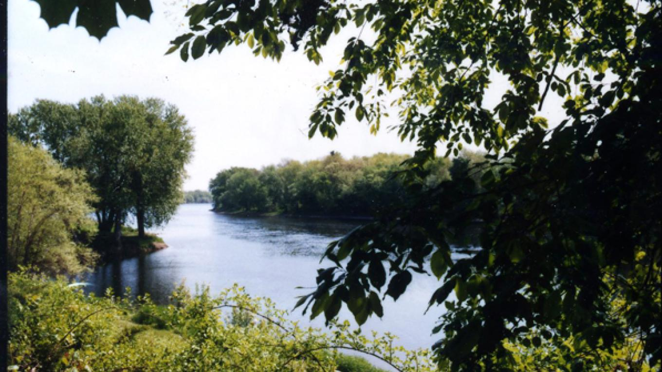 This is the Delaware River view from the foot of Catharine Street, three blocks from the Hotel Fauchere.