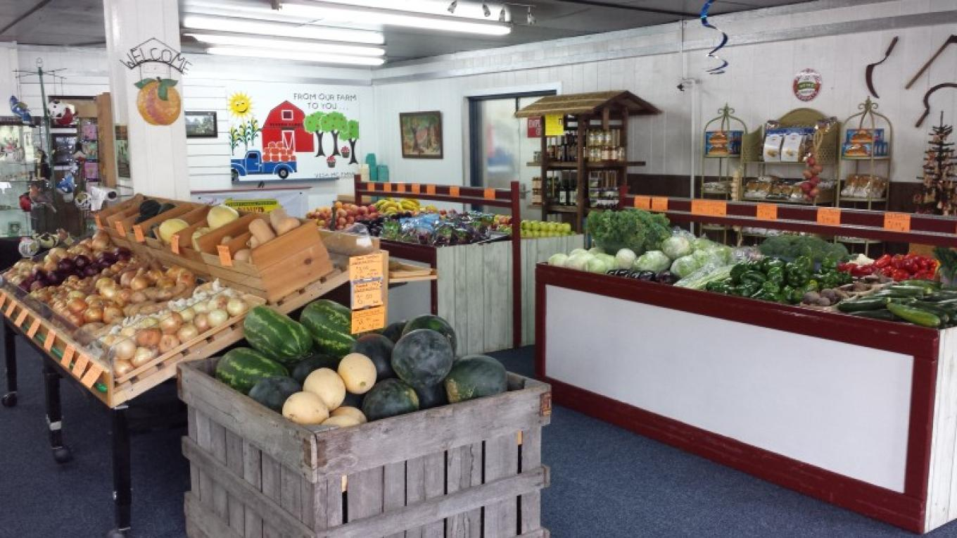Farm market – Elvern Farms