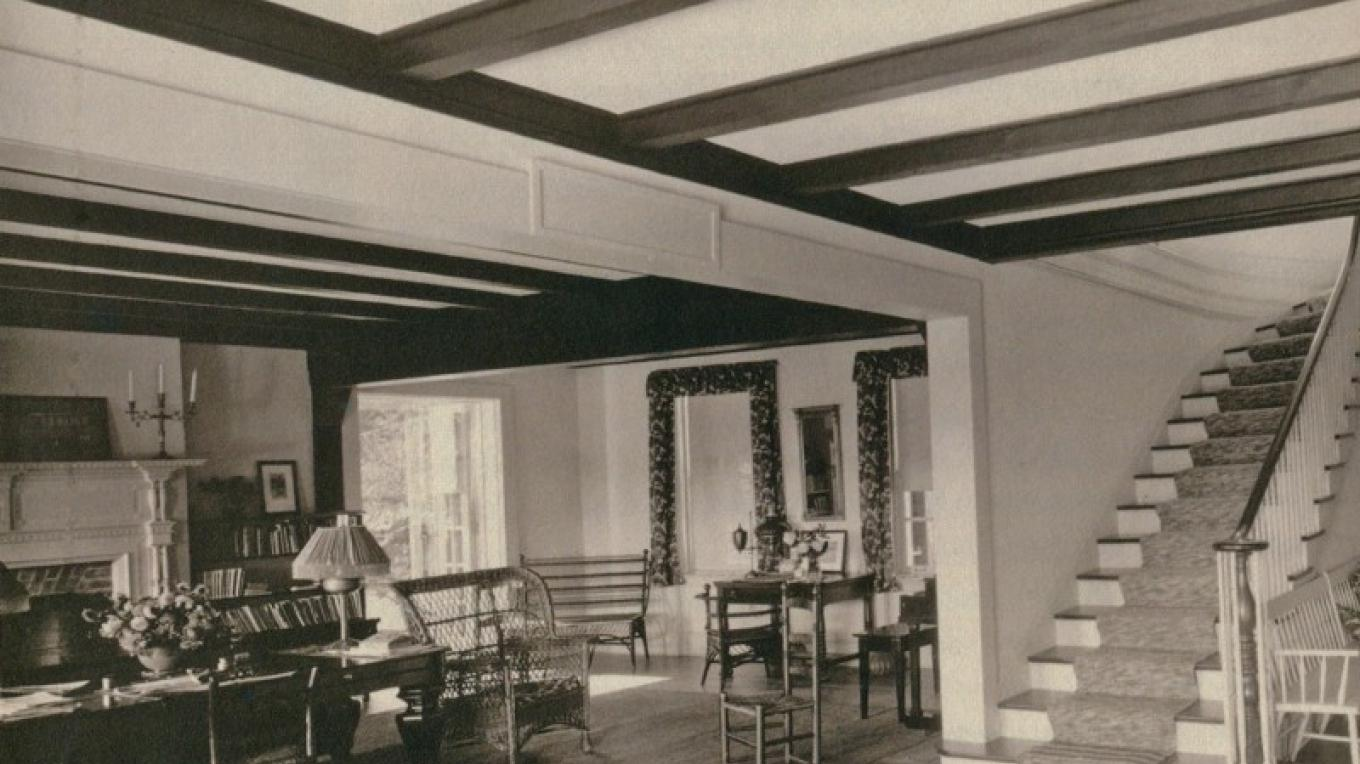 Main hall stairs and living room – Zimmermann Archives