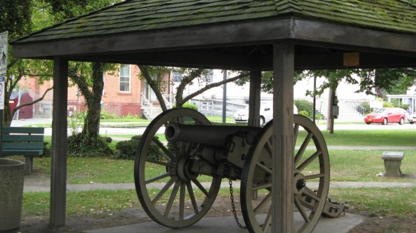 Civil War Cannon in Orange Square – Minisink Valley Historical Society