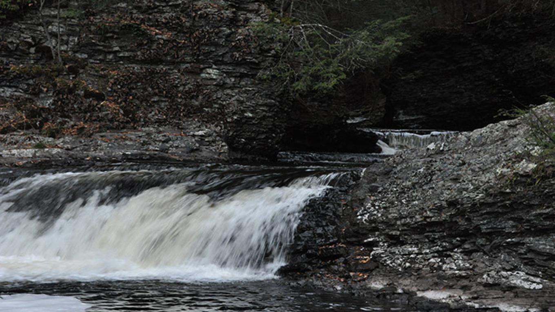 Raymondskill Falls. – National Park Service