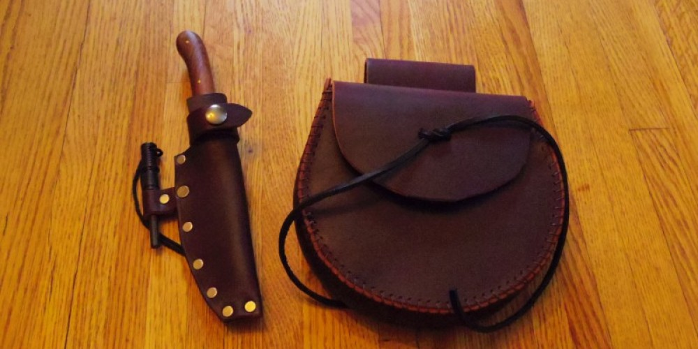 Leather pouch & matching sheath for wood handle knife with fire striker. – Nuné Nazari